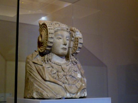 museo-arqueologico-e