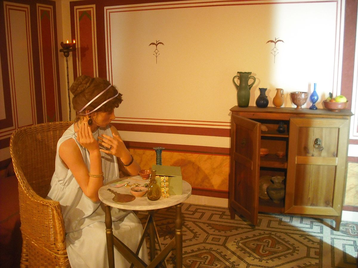1200px-Santa_Pola._Castillo._Museu_del_Mar._Casa_romana_del_Palmeral